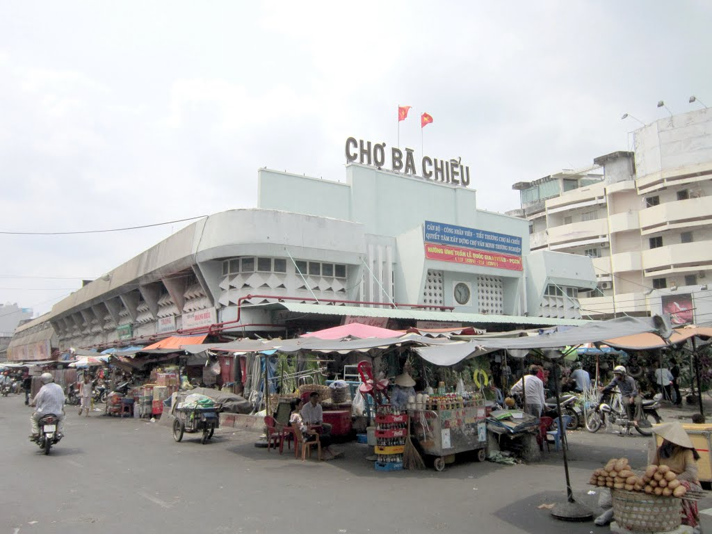 A+STORY+BEHIND+ONE+LOCAL+MARKET+IN+HOCHIMINH+CITY%21